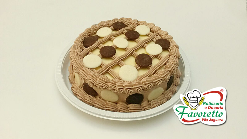 Torta Choco Ball Branca