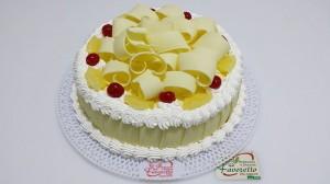 bolo de abacaxi ao doce de leite