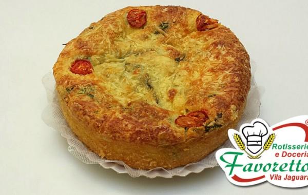 Torta de Rucula com Tomate Seco